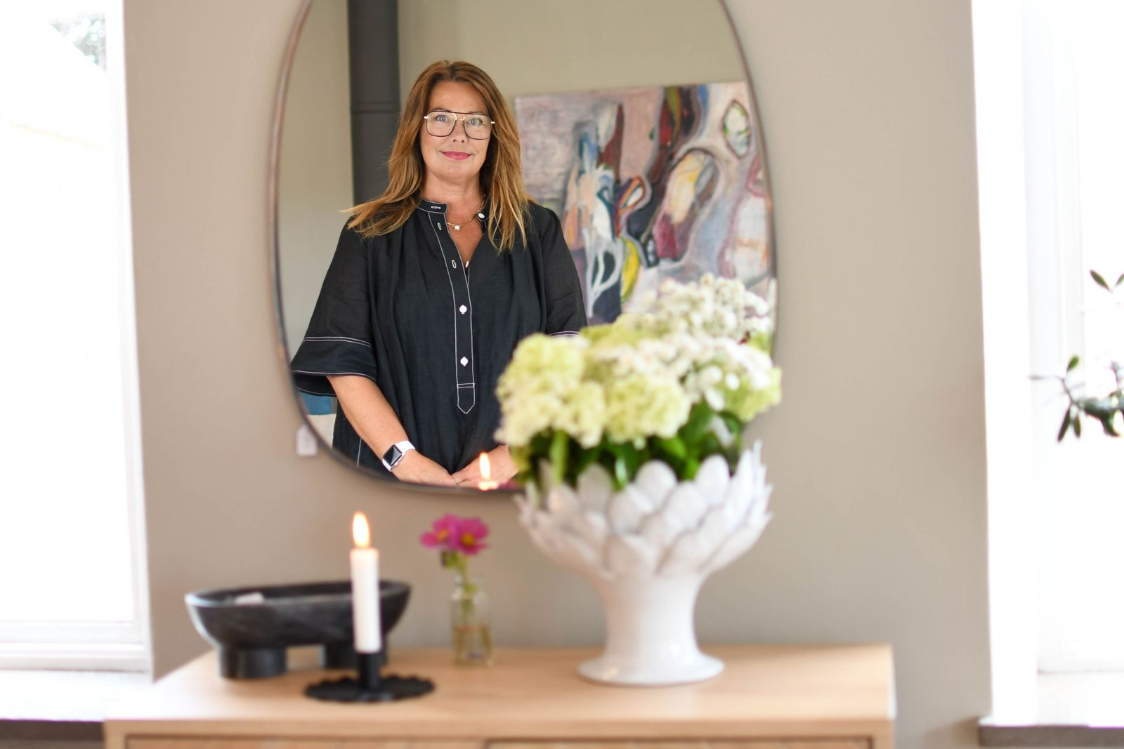 Genom CanCan säljer Anna-Karin Ahlstedt inte bara möbler och inredningsdetaljer, utan hjälper även till med inredningsuppdrag och möblering.