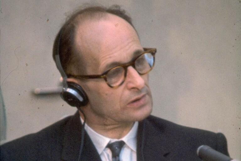 ...krigsförbrytaren Adolf Eichmann.