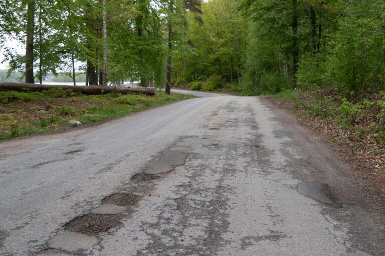 Kommunen har fått ta emot klagomål på vägen i det nya friluftsområdet vid Halen.