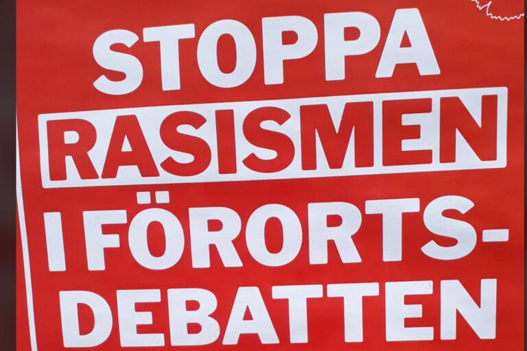 V hetsar fram polarisering med rasismfokus