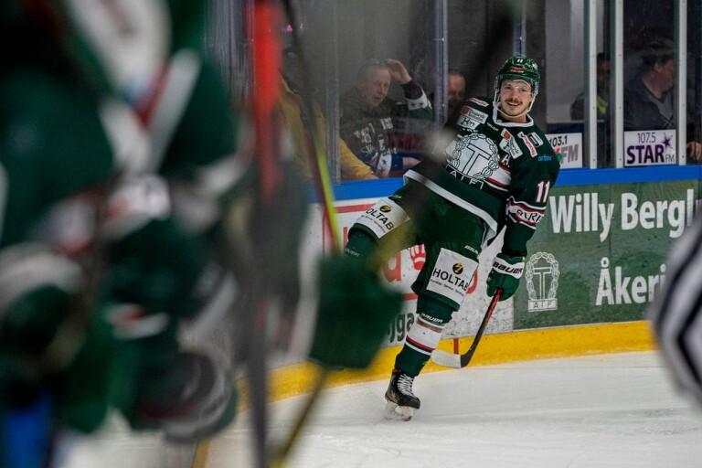 """Svensson trivs i drömkedjan: """"Han är i en helt annan klass"""""""