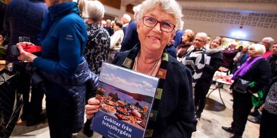 """Tina Nilsson från Bromölla har releasefest för kokboken """"Gobitar från Ivösjöbygden""""."""