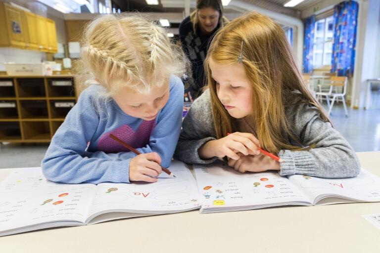 """Skolor följer inte rekommendationer från FHM: """"Katastrof"""""""