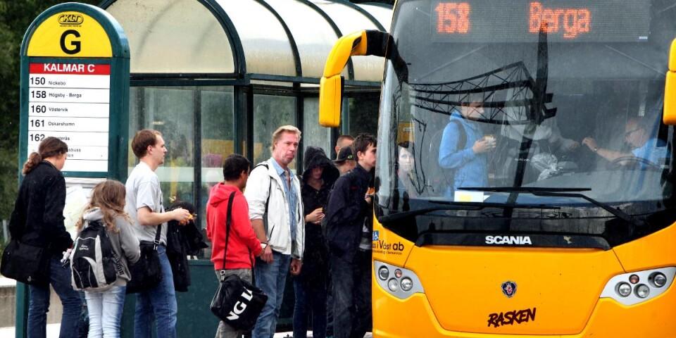 """""""Skattemedel ska användas för att underlätta för medborgarnas resande, inte till att konkurrera ut andra transportslag för sakens skull."""""""