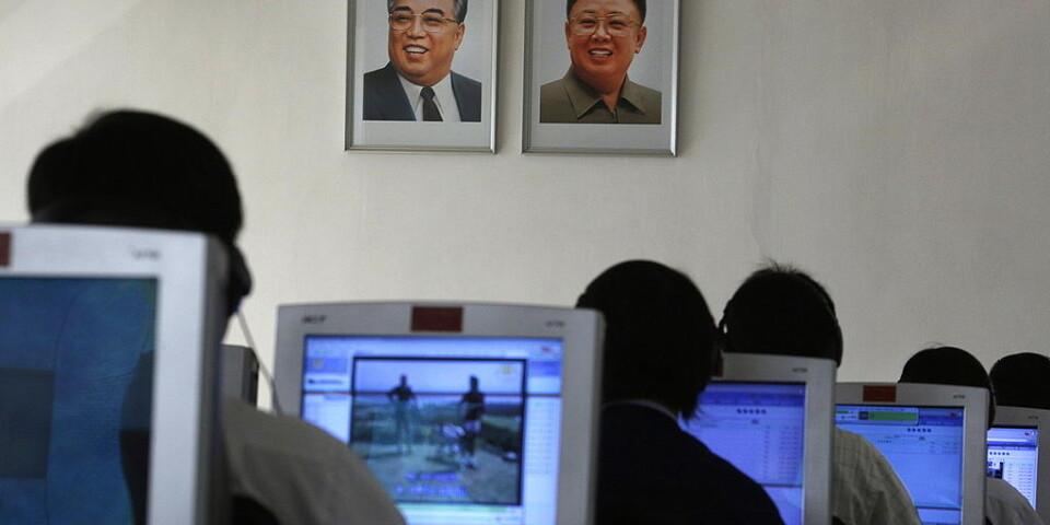 Universitetsstudenter i Nordkoreas huvudstad Pyongyang. Arkivbild.