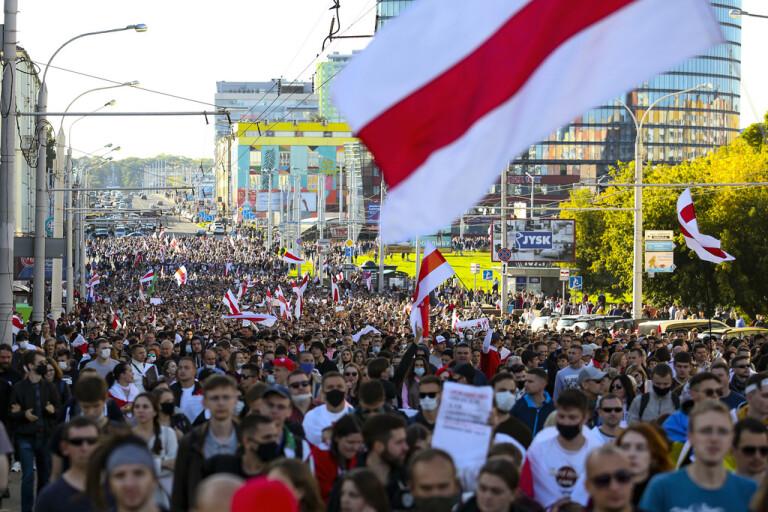 Massgripanden i Minsks söndagsprotest