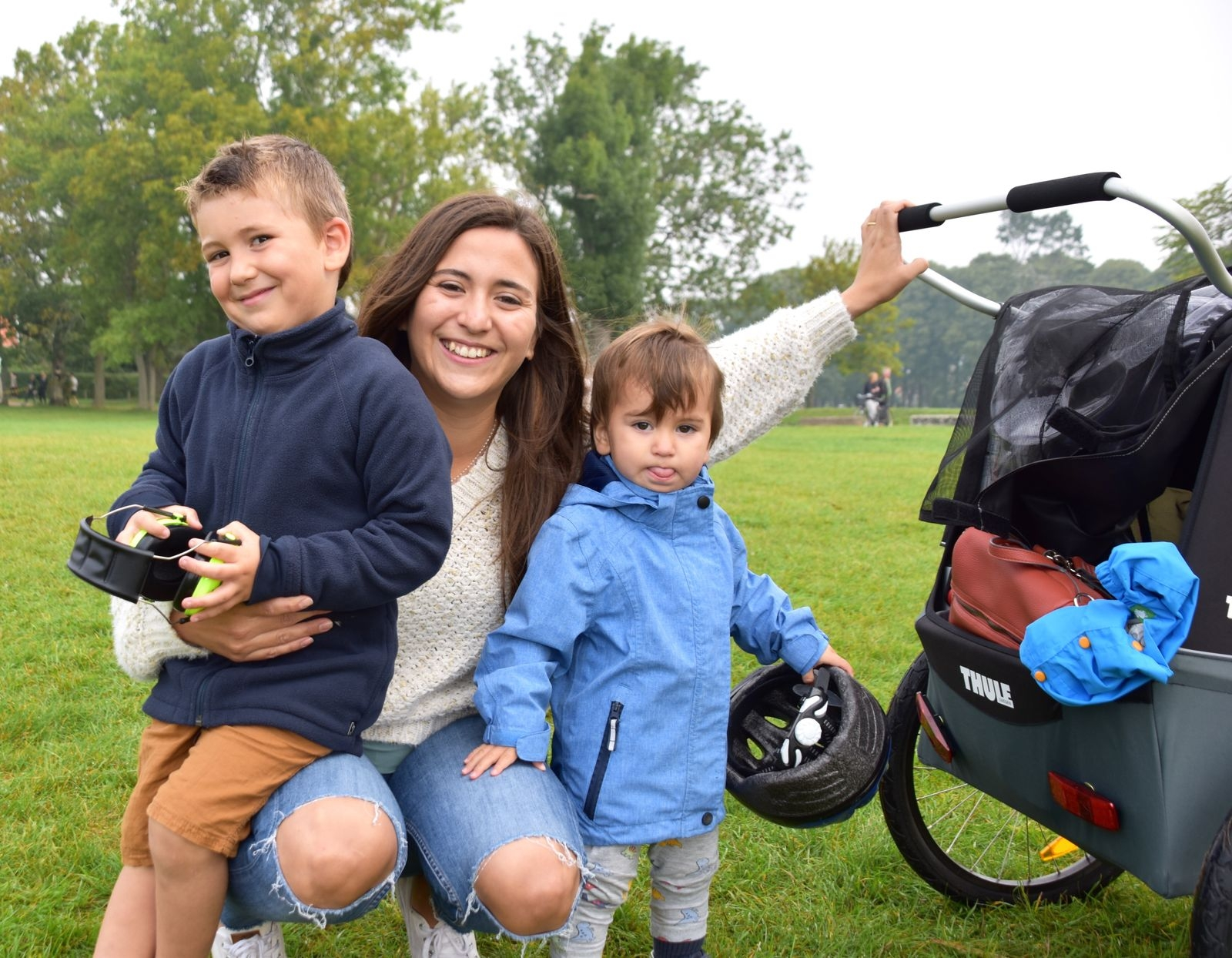 Camila Cortes med sönerna Adrian, 4, och Alejandro, 1.
