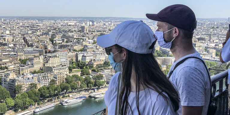 Öppet Eiffeltorn ger hopp efter coronan