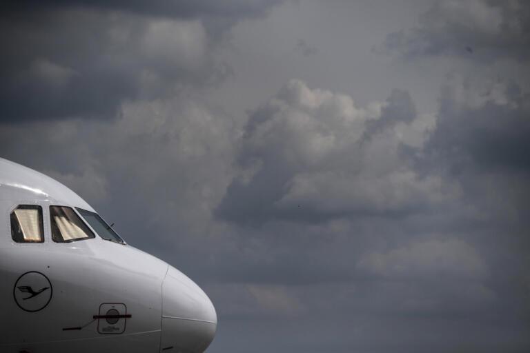 Mörka moln över flygindustrin. Arkivbild.