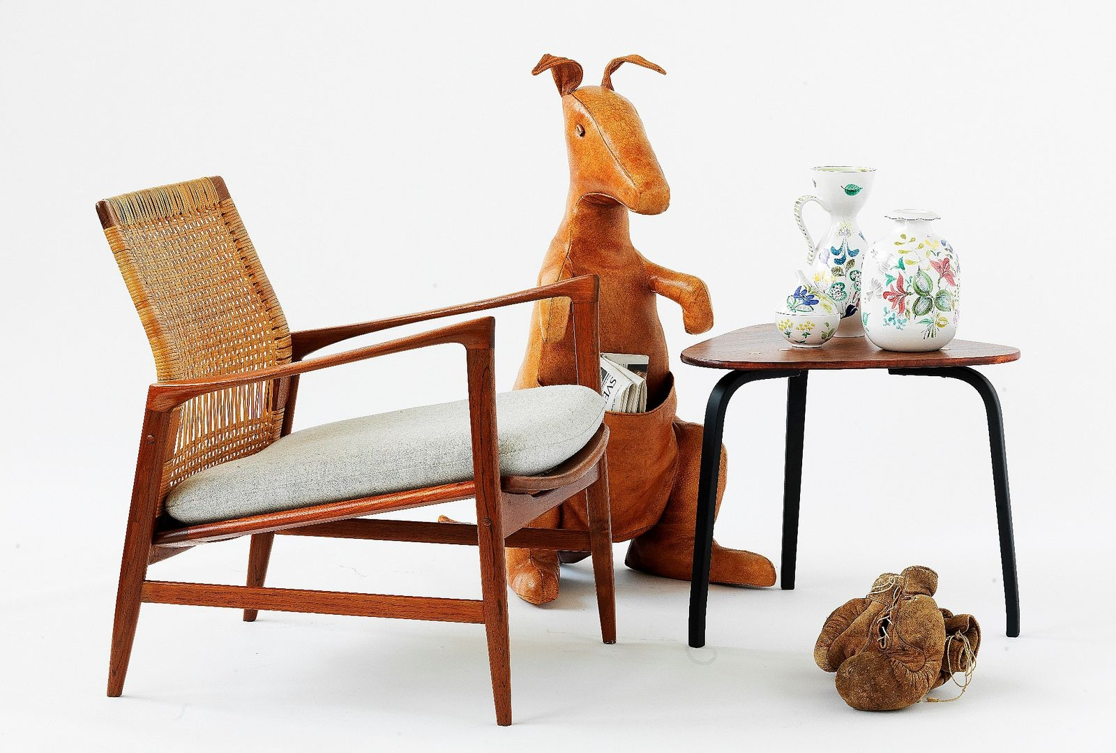 18 utställare med modernt fokus och sju utställare med antikviteter medverkar på höstens mässa som har fått namnet Design och Antik i Brösarp 2021.