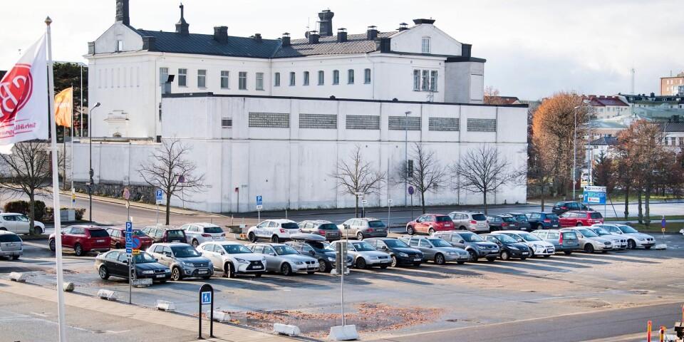 Det tidigare fängelset i Karlskrona ska nu säljas.