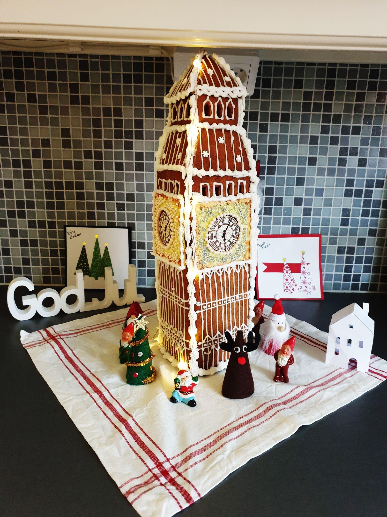 Marie Wyckman har byggt Big Ben i London tillsammans med sina söner, Olle 11 år, och August, 8 år. Tidigare har Oskarshamnsfamiljen byggt Eiffeltornet och sitt eget hus bland annat.