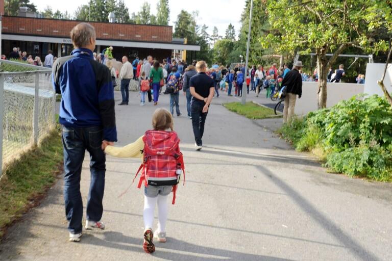 Insändare: Låt barn med olika bakgrund mötas i skolan