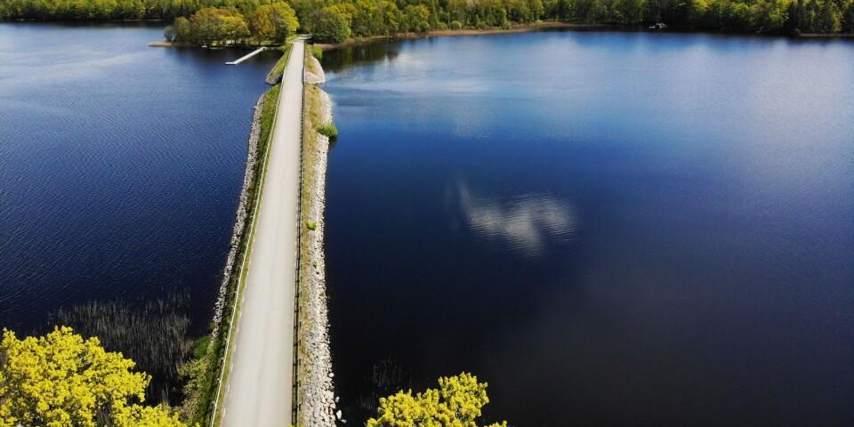 Naturen i Kronobergs sydligare delar är svårslagen. Att cykla runt Åsnen är en vacker naturupplevelse.
