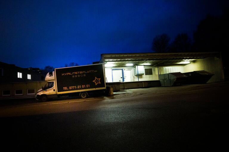 """25 fordon – åldring ansvarar för Kvalitetsflytts lastbilar: """"Ägarna bad mig"""""""