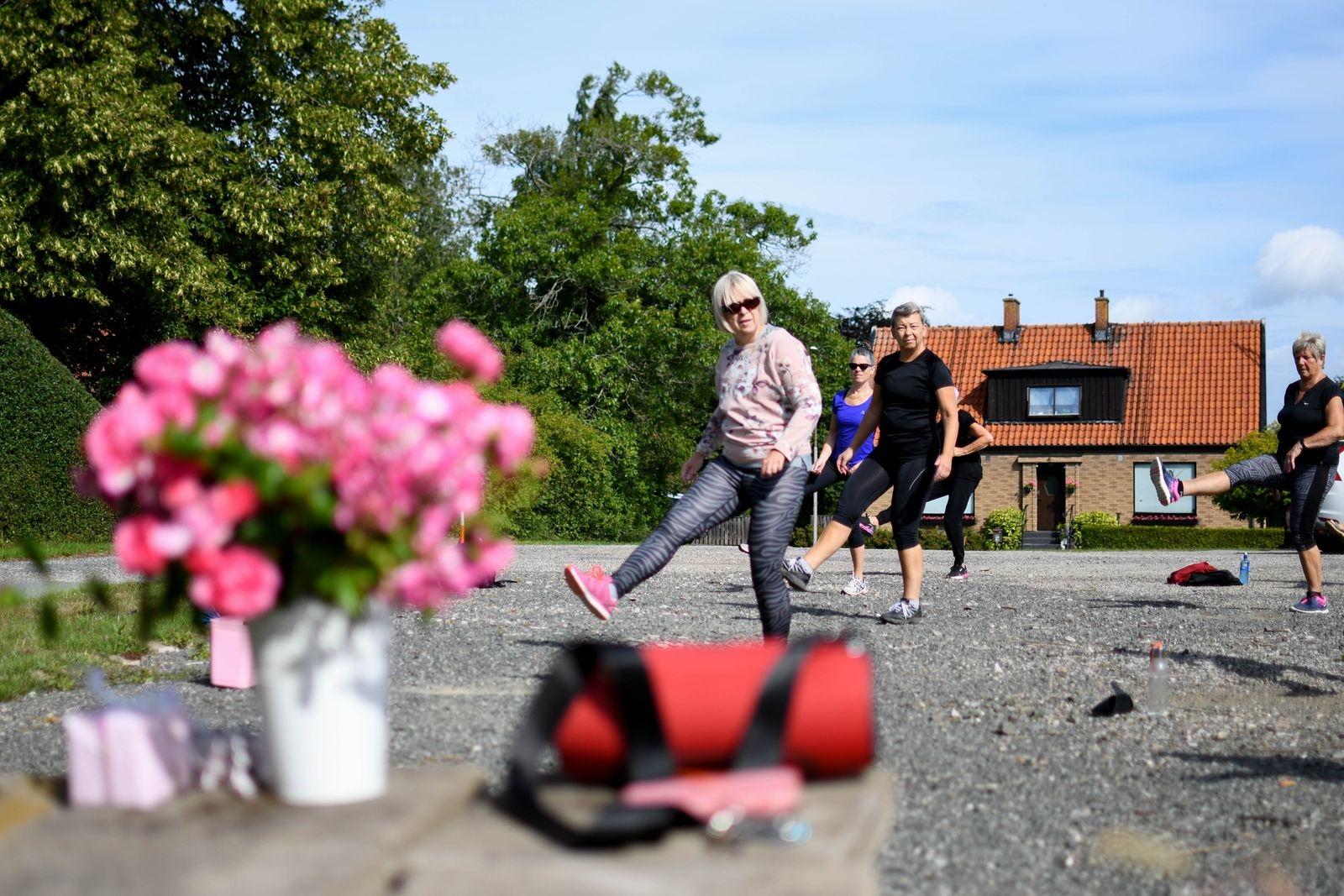 Sedan några veckor tillbaka erbjuder gymmet ett begränsat utbud motionspass, alla utomhus, och initiativet uppskattas.