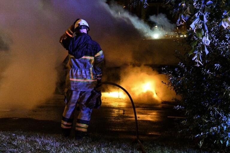 Brandmännen ställs inför nya svåra situationer med all nybilsteknik som är på väg. (Bilden är tagen i ett annat sammanhang)