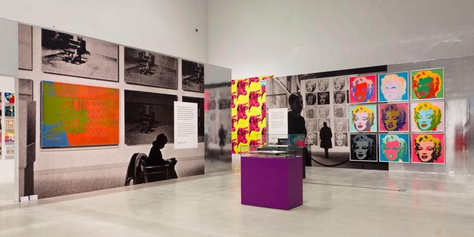 """Översikt över en del av utställningen """"Warhol 1968"""", just nu aktuell på Moxerna Museet Malmö."""