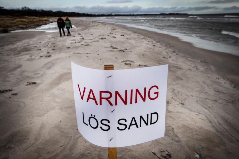Skylt som varnar för lös sand ska bli permanent