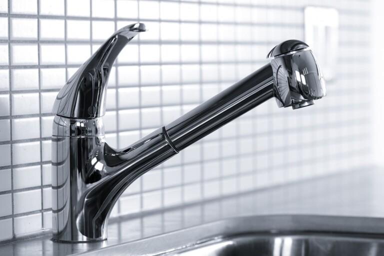 Vattnet avstängt efter läcka