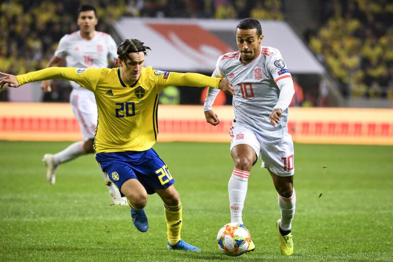 Thiago presenterad av ligamästaren