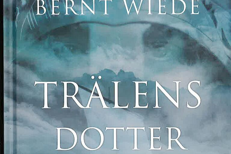 Trälens dotter av Bernt Wiede är en roman om vikingatiden. En roman som baseras på fakta och en noggrann research enligt författaren.