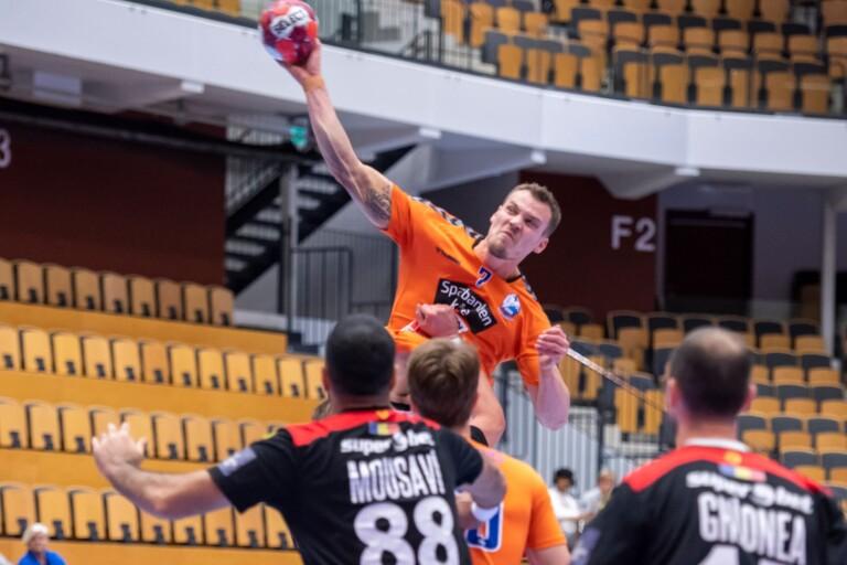 IFK överlägset Bukarest – trots tung skada och två röda kort