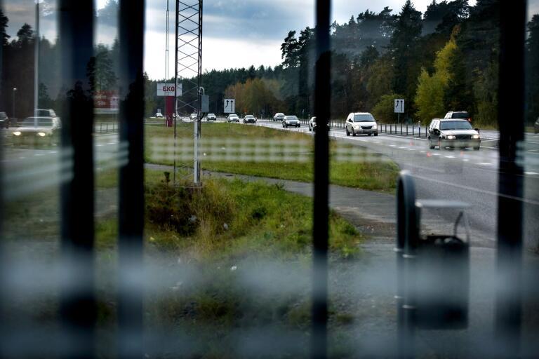 Snabbare utbyggnad av E22 till motorväg är ett av S förslag i jobbpaketet.