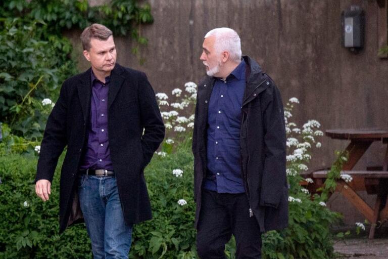 Ulf Olsson och Petter Löberg från socialdemokraterna i Borås.
