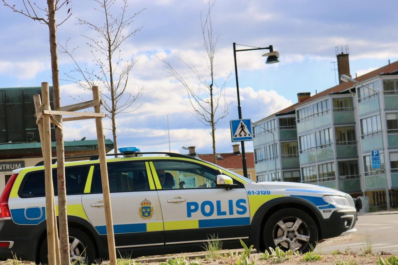 Inofficiell cruising i Nybro – under polisens överinseende.