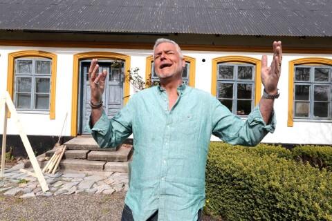 Ernst dansar en sommar på Österlen