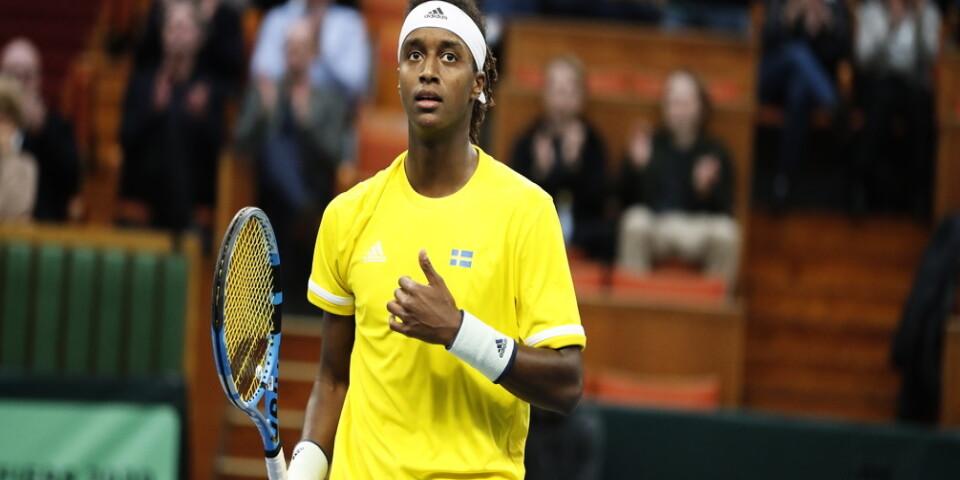 Mikael Ymer möter Novak Djokovic i Franska mästerskapen. Arkivbild.