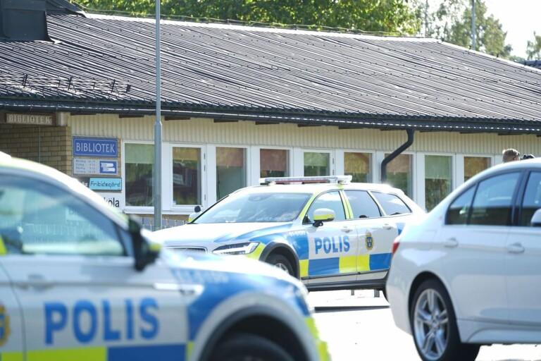 تهديد بتفجير مدرسة Braås بقنبلة