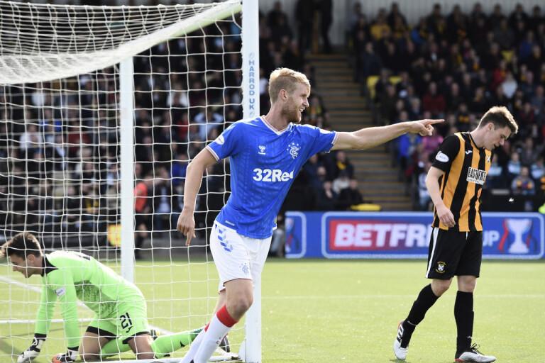Helander med två mål – Färöarna till playoff