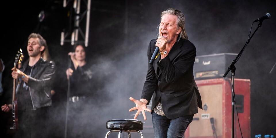 """Stefan Sundström gick av scenen med att säga """"Strängen forever"""""""