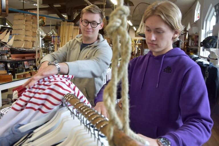 Brödraduo klär skeppshandel i ny skrud