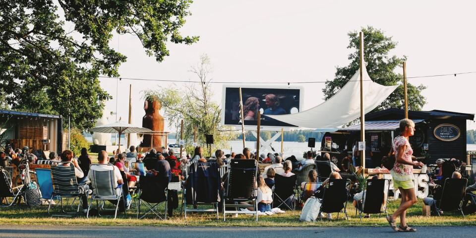 Förra sommaren ordnade Paus filmkvällar i det fria. Så blir det i år också.