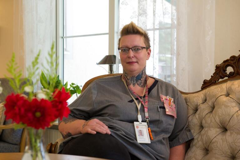 Jessica Keller, undersköterska på Älmegården.