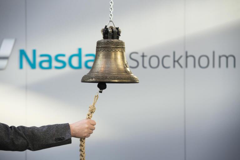 Det var minus när börsklockan ringde för stängning i Stockholm på fredagen. Arkivbild.