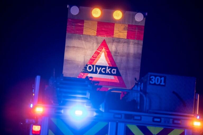 E22: Olycka med lastbil – väjde för vilt