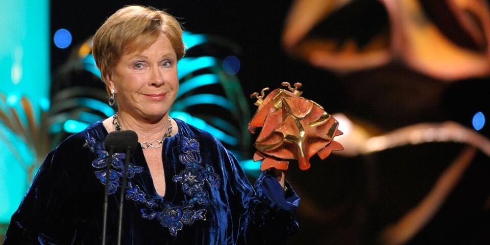 """Bibi Andersson fick ta emot Guldbaggen för bästa kvinnliga biroll 2008 för """"Arn: Tempelriddaren"""". Arkivbild."""