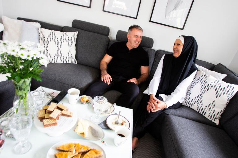 Rifat Zejnilovic och Aida Kadenic-Zejnilovic bröt fastan under söndagen när fastemånaden ramadan var över och de firade Eid al-fitr.