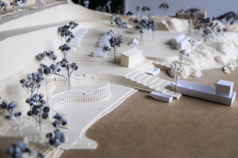 Monumentbygget vid Utøya pausas efter kritik
