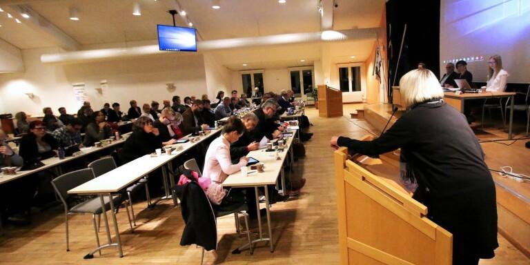 Skolresultat och busskort – väntade frågor inför unik debatt