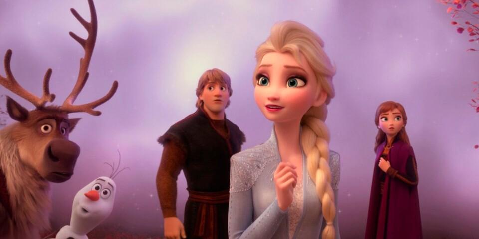 """Vem är Elsa egentligen? Gåtan om hennes krafter står i centrum i """"Frost 2"""", som återförenar alla de gamla favoriterna."""