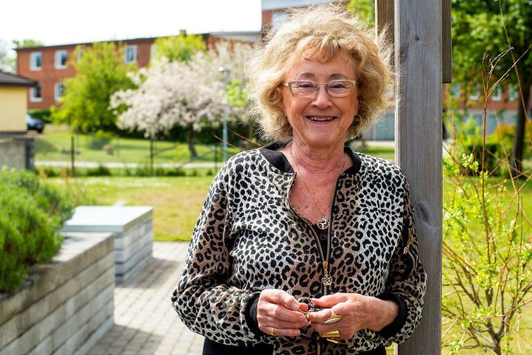 Dois Liedman, Hässleholm, fyller 80. Hon har verkat inom apoteksvärlden, och var en av de första kvinnorna inom Rotary i landet.