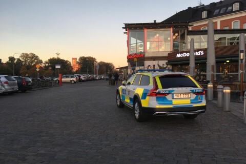 """Polisen efter knivbråken: """"Kommer inte att vika ner oss"""""""