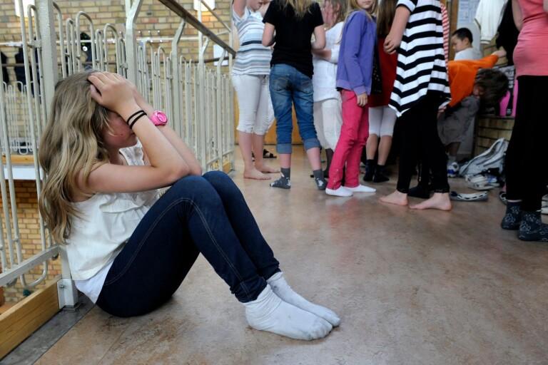 Var finns hjälpen när elever blir mobbade?