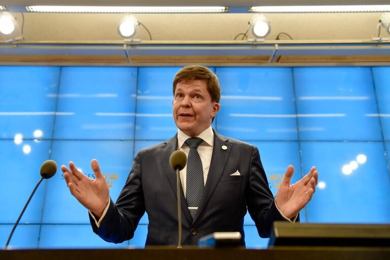 """Ny regering: Talmannen tar kommandot – """"kan inte ha alla alternativ på bordet"""""""