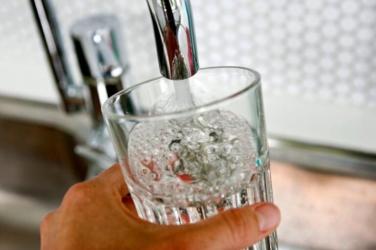 Besked: Nu höjs avgiften på vattnet